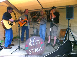 Two Island Farms - weekend farmers market with 'Up Beet Stage'